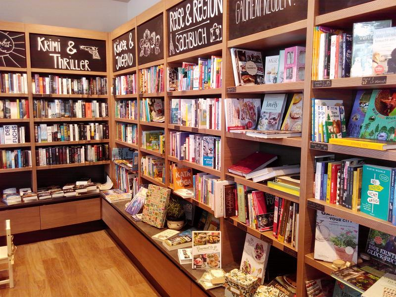 Blick in das Bücherregal des Lesenswert